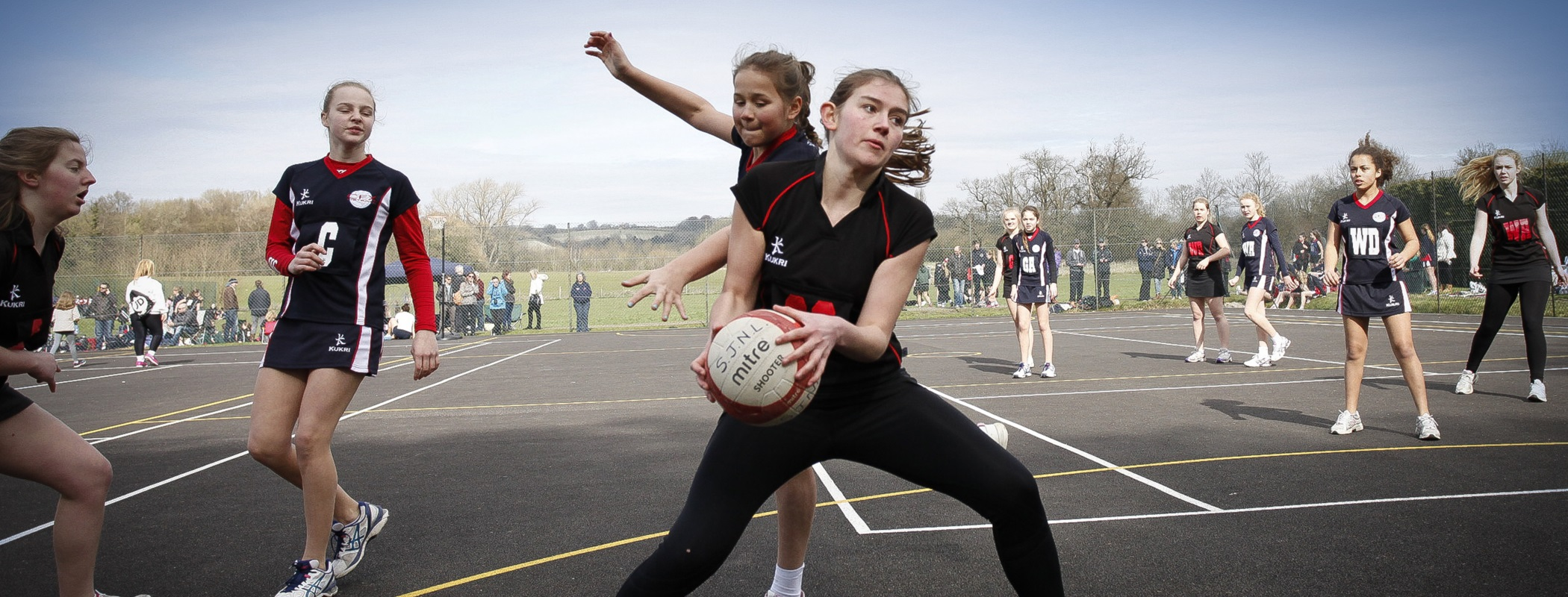 Langton Green Netball - for girls in years 3 to 13...
